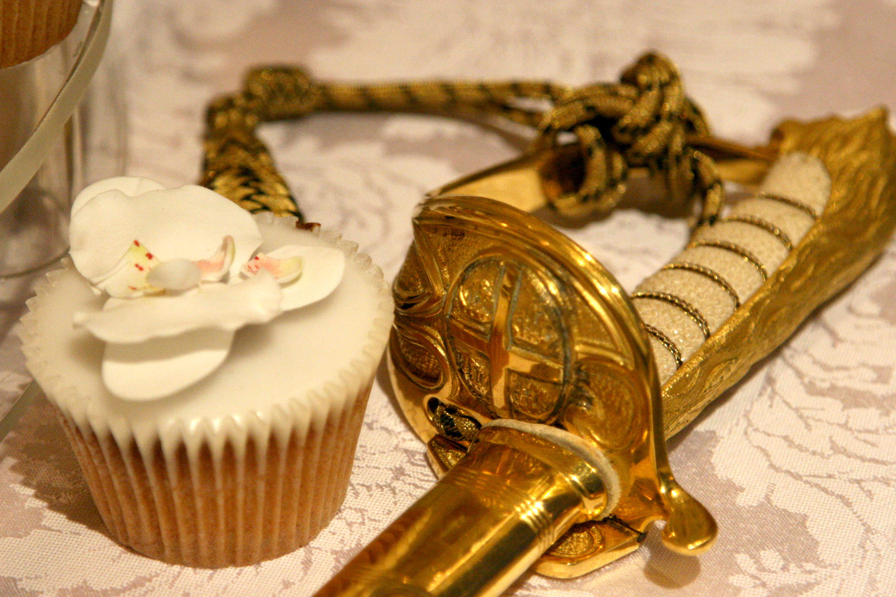 Sword and cupcakeJPG