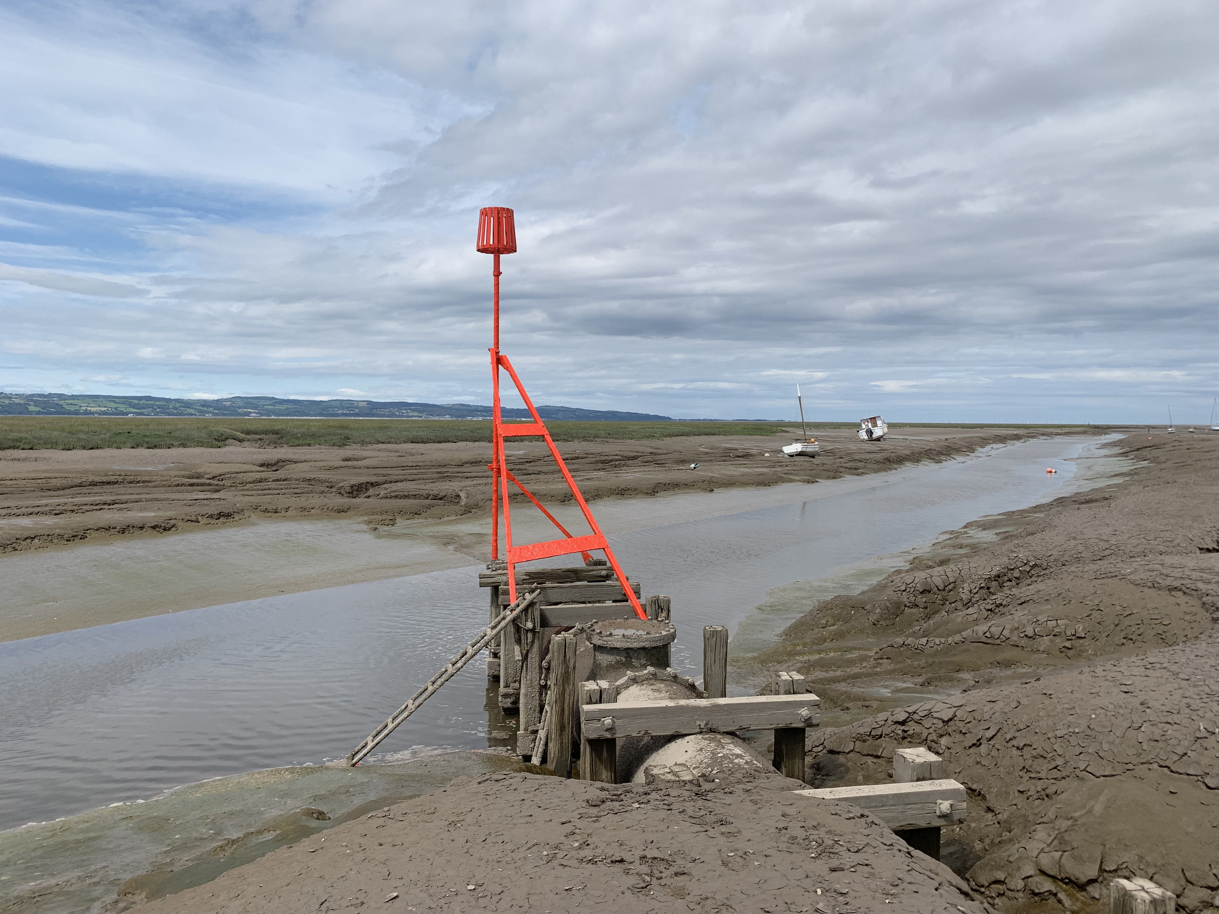 Heswall Sewage Disposal Outfall Beacon B.JPG